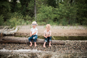 Huckleberry Finn Children's Photoshoot